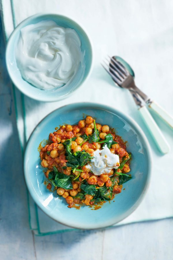 Spicy chickpea and spinach stew